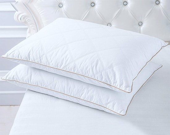 Best Pillow For Combination Sleepers Honest Reviews
